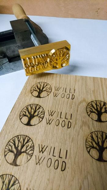 Brandstempel Willi Wood
